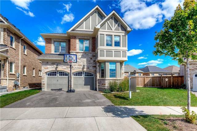 For Sale: 113 Masterman Crescent, Oakville, ON | 4 Bed, 3 Bath House for $1,299,000. See 20 photos!