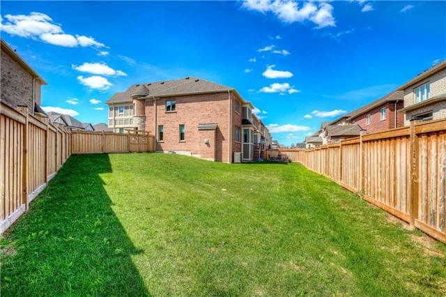 Sold: 113 Masterman Crescent, Oakville, ON
