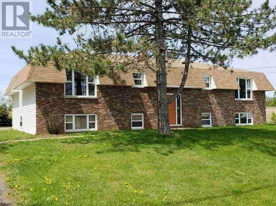 Townhouse for sale at 113 Norwood Rd Charlottetown Prince Edward Island - MLS: 202002982