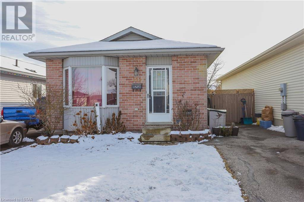 House for sale at 113 Sandy St London Ontario - MLS: 239493