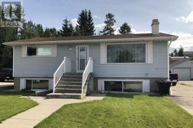 House for sale at 113 Wapituk Drive  Hinton Alberta - MLS: AW50471