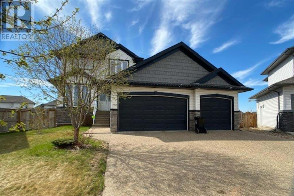 House for sale at 113 Woodpecker Pl Fort Mcmurray Alberta - MLS: FM0190079