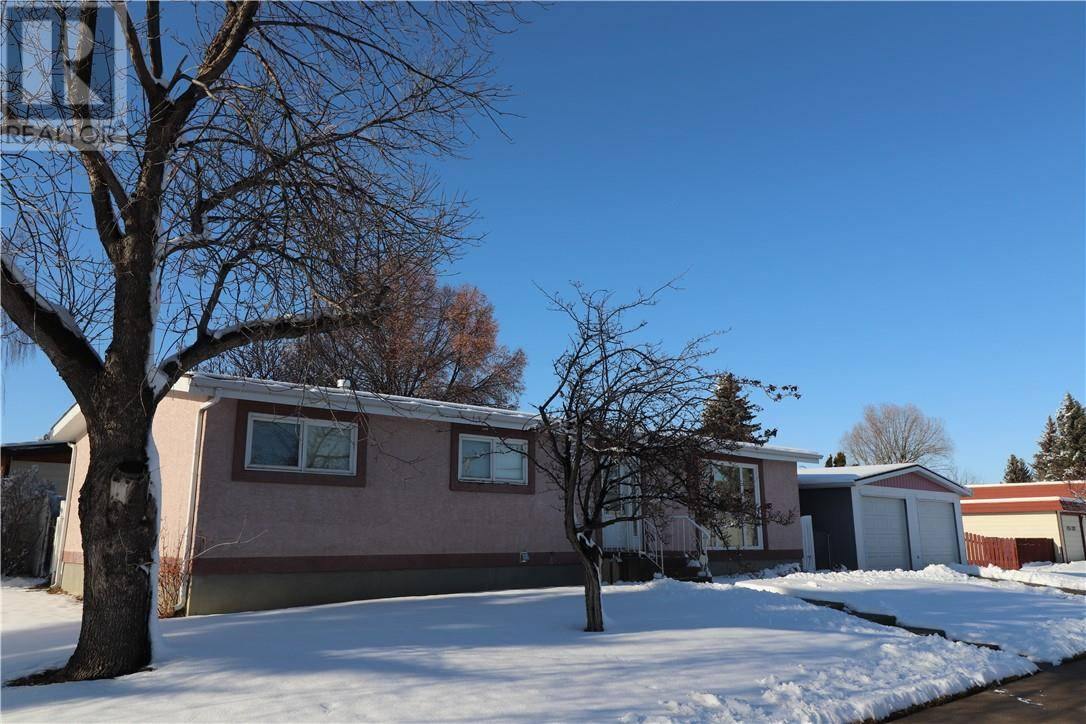 House for sale at 1130 27a St N Lethbridge Alberta - MLS: ld0182975