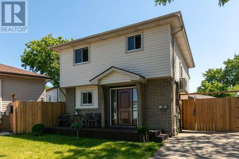House for sale at 1130 Gateside Ct Windsor Ontario - MLS: 19019885
