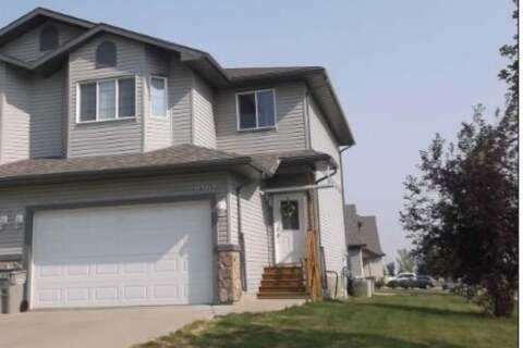 Townhouse for sale at 11302 82 Ave Grande Prairie Alberta - MLS: A1006650