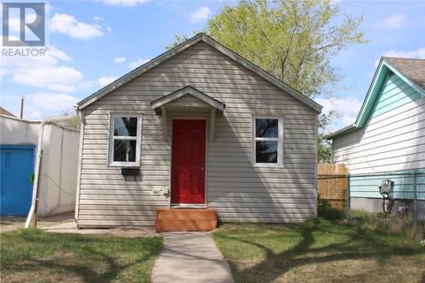 House for sale at 1131 N Ave S Saskatoon Saskatchewan - MLS: SK772788