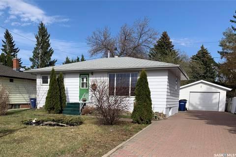 House for sale at 1131 Simpson Ave Moose Jaw Saskatchewan - MLS: SK796247