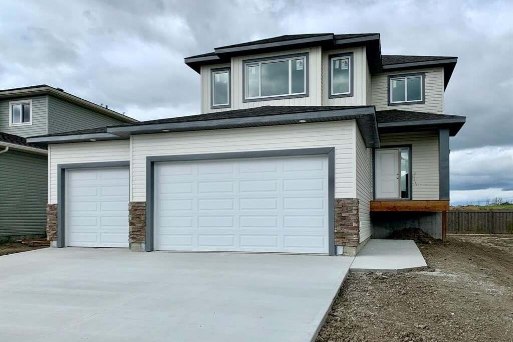 House for sale at 11310 63 Ave Grande Prairie Alberta - MLS: A1001606