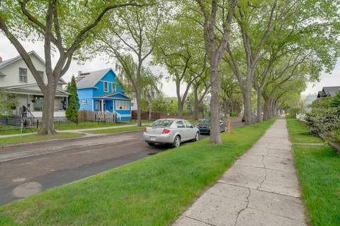 11332 96 Street Nw, Edmonton | Image 2