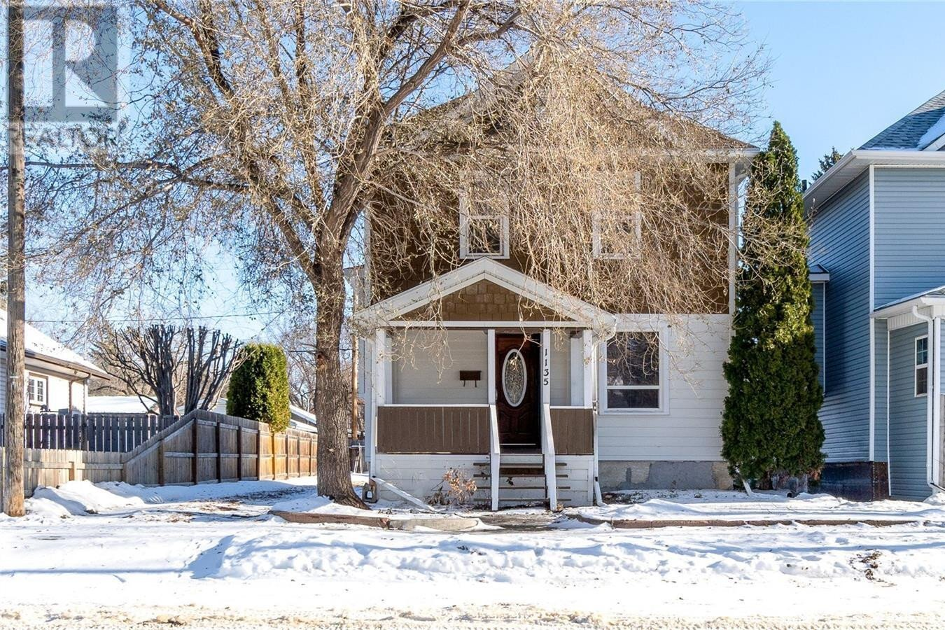 House for sale at 1135 4th Ave NW Moose Jaw Saskatchewan - MLS: SK824410