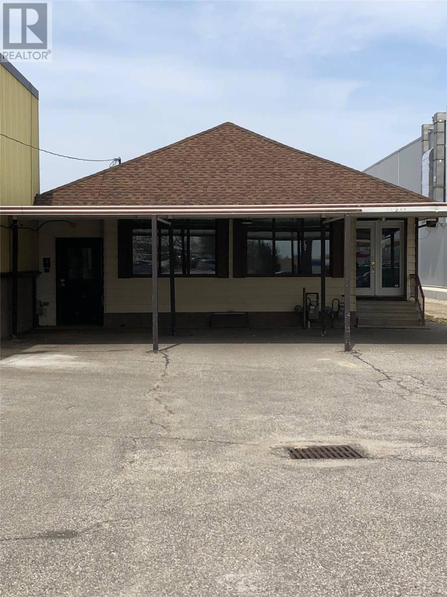 House for rent at 11388 Tecumseh  East Windsor Ontario - MLS: 20001060