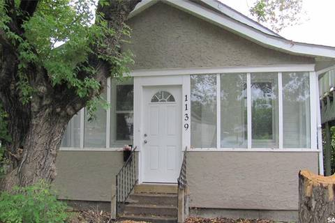 House for sale at 1139 I Ave S Saskatoon Saskatchewan - MLS: SK796999