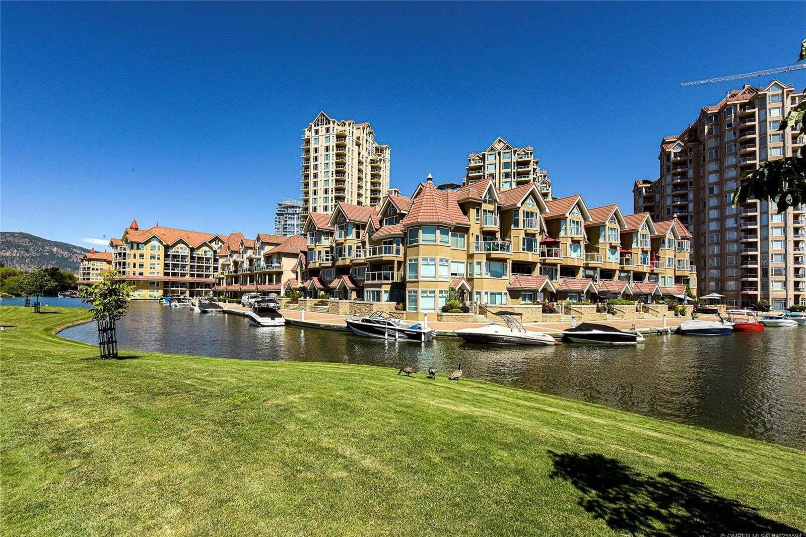 Townhouse for sale at 1156 Sunset Dr Unit 114 Kelowna British Columbia - MLS: 10215594