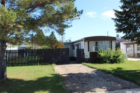 Home for sale at 114 12th St Humboldt Saskatchewan - MLS: SK805613