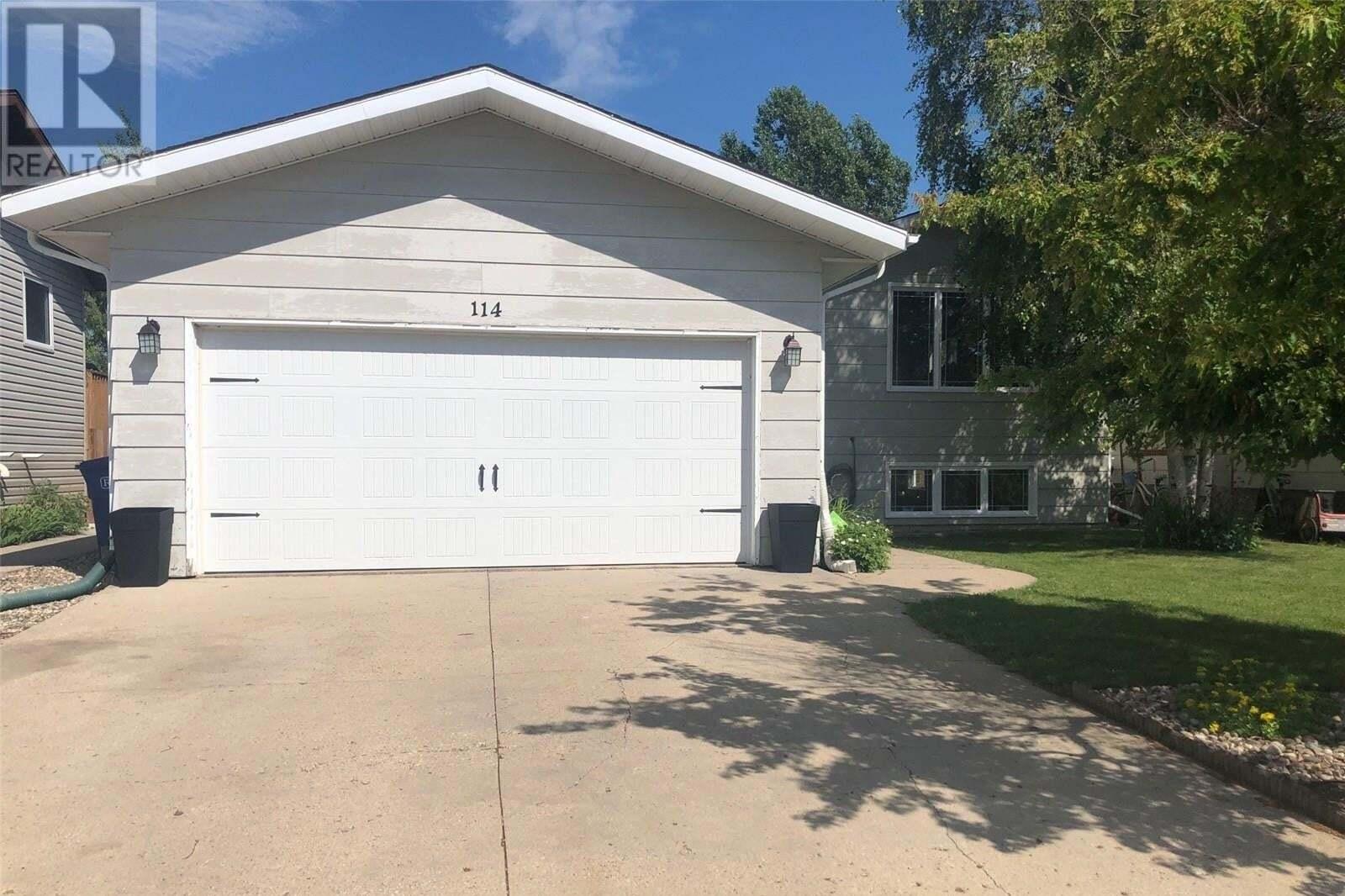 House for sale at 114 13th St Humboldt Saskatchewan - MLS: SK815728