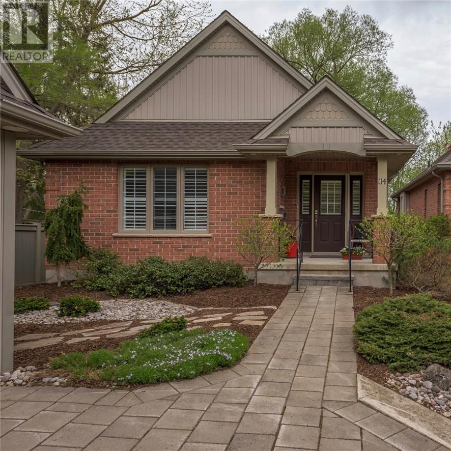 For Sale: 25 Becher Street, London, ON | 3 Bed, 3 Bath House for $719,900. See 35 photos!