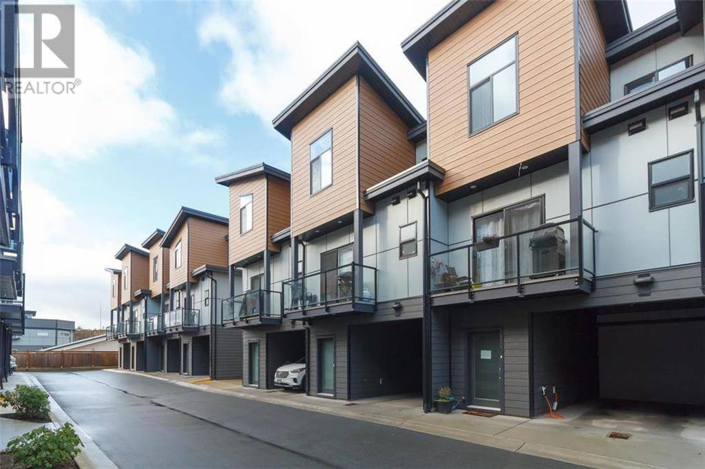 Townhouse for sale at 687 Strandlund Ave Unit 114 Victoria British Columbia - MLS: 420527