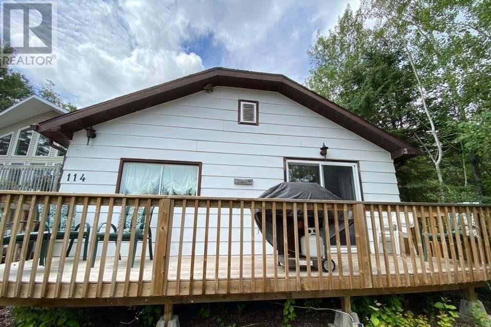 House for sale at 114 Agnes St Emma Lake Saskatchewan - MLS: SK818053