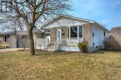House for sale at 114 Bedford Cres Sarnia Ontario - MLS: 186817