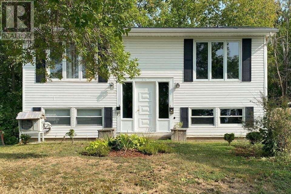 114 Clarence Avenue, Fredericton   Image 1