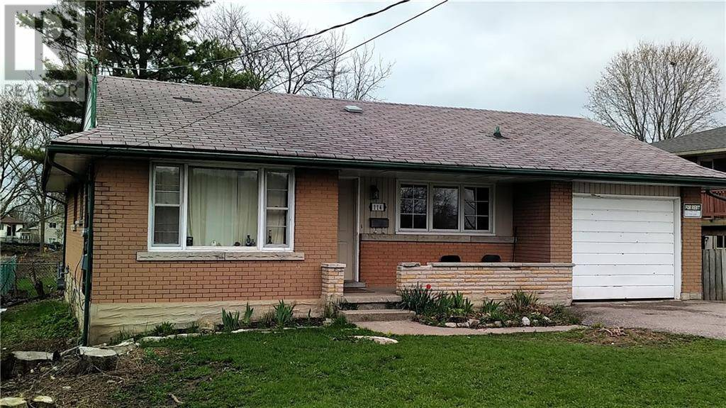 Home for sale at 114 Doon Valley Dr Kitchener Ontario - MLS: 30759924