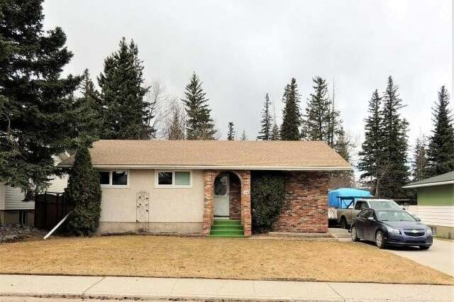 House for sale at 114 Dorin Drive  Hinton Alberta - MLS: AW51770
