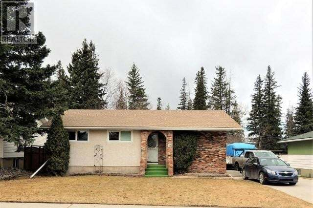 House for sale at 114 Dorin Dr Hinton Valley Alberta - MLS: 51770