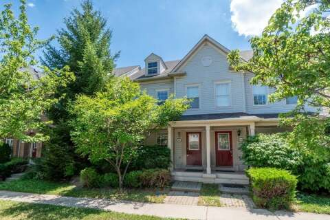 Townhouse for sale at 114 Gatwick Dr Oakville Ontario - MLS: W4836194