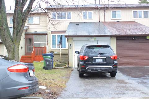 Townhouse for sale at 114 Horseley Hill Dr Toronto Ontario - MLS: E4414907
