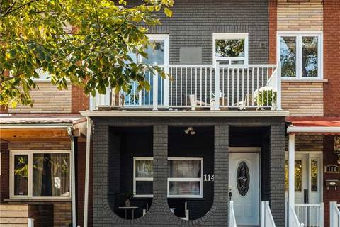 Townhouse for sale at 114 Lisgar St Toronto Ontario - MLS: C4388931