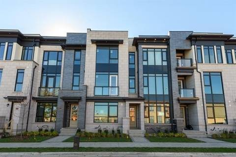 Townhouse for sale at 114 Maurice Dr Oakville Ontario - MLS: W4356311