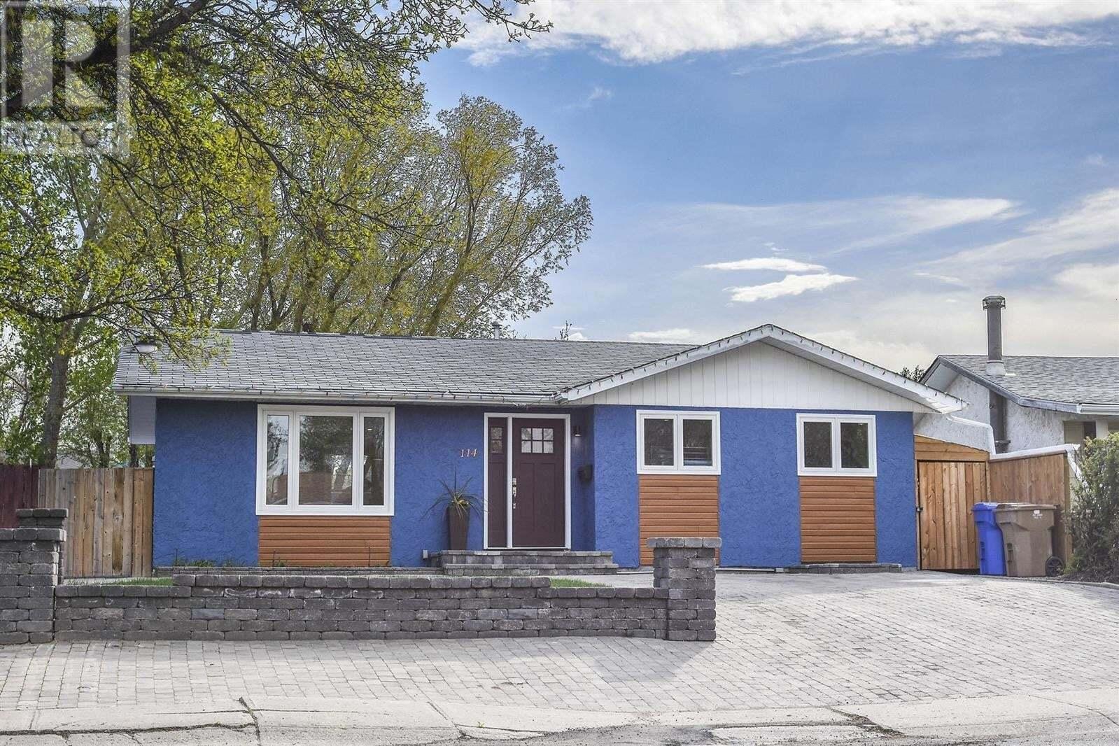 House for sale at 114 Mcsherry Cres Regina Saskatchewan - MLS: SK809440