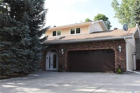 House for sale at 114 Metcalfe Rd Regina Saskatchewan - MLS: SK784120