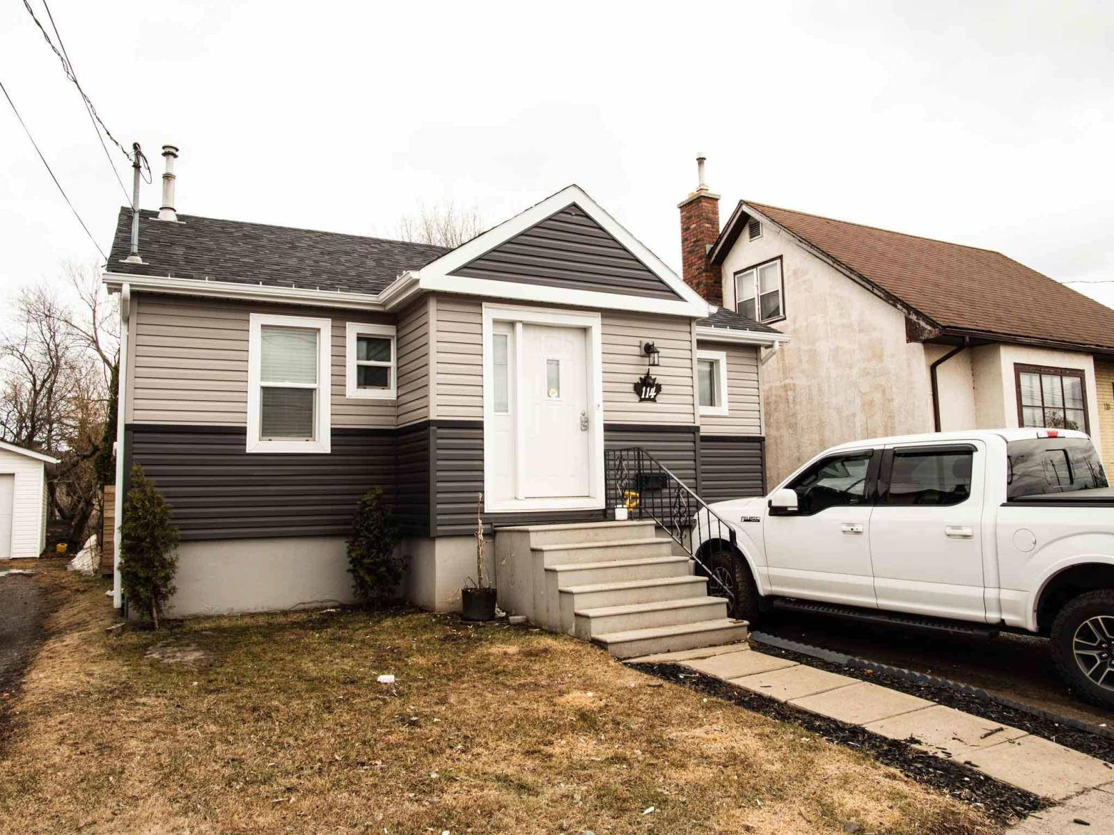 House for sale at 114 Northern Ave Thunder Bay Ontario - MLS: TB193265