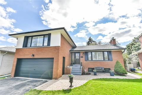 House for sale at 114 Stapleton Dr Toronto Ontario - MLS: W4427086