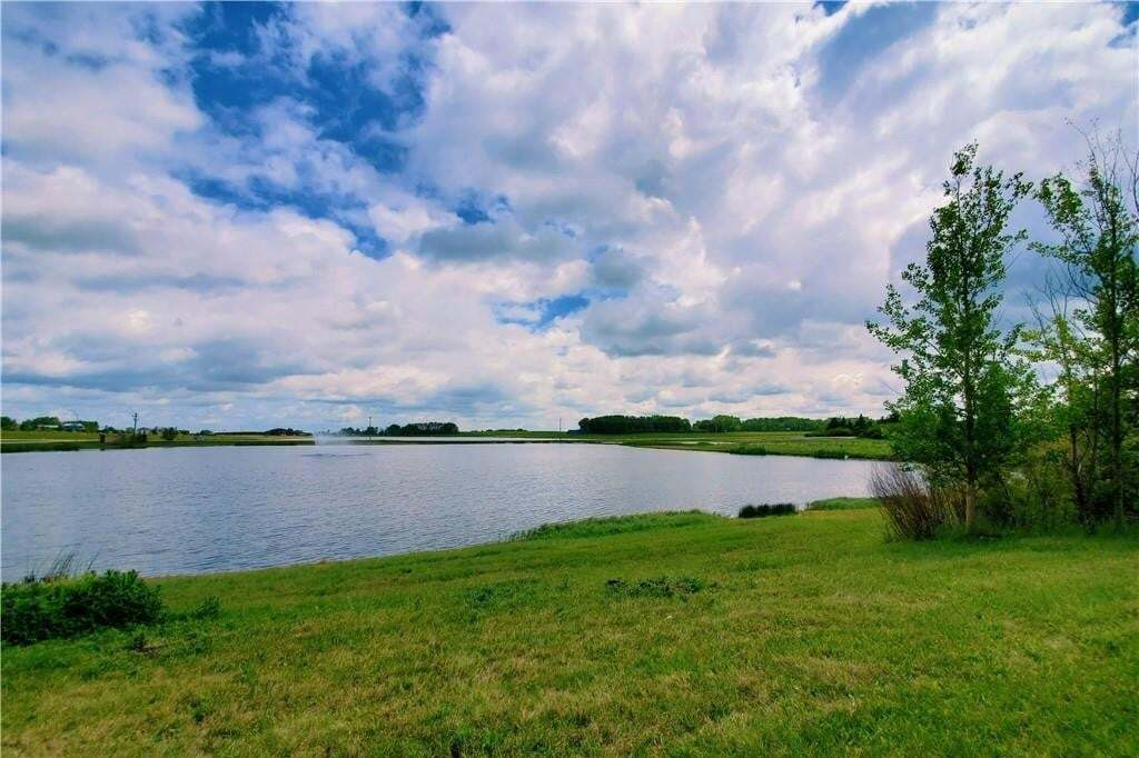 Home for sale at 114 Trinity Rd Cambridge Park, Rural Rocky View County Alberta - MLS: C4303391