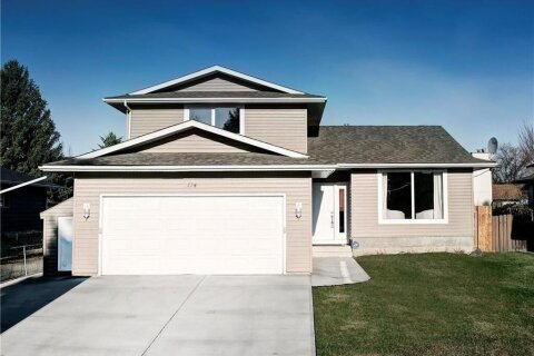 House for sale at 114 Woodbend Wy Okotoks Alberta - MLS: C4295305