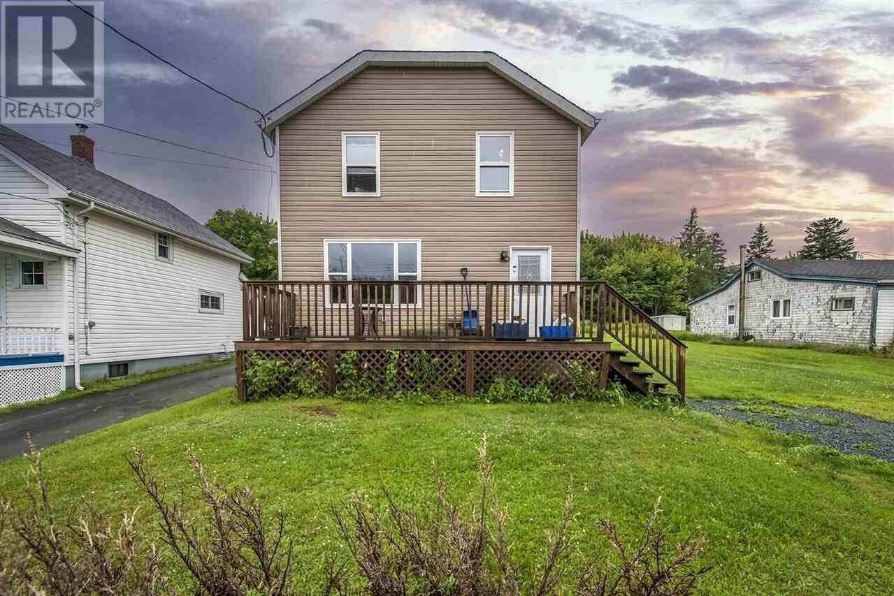 House for sale at 1140 St. Margarets Bay Rd Beechville Nova Scotia - MLS: 202013237