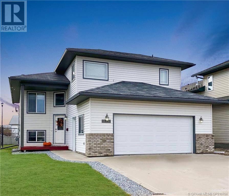 House for sale at 11402 89b St Grande Prairie Alberta - MLS: GP210704