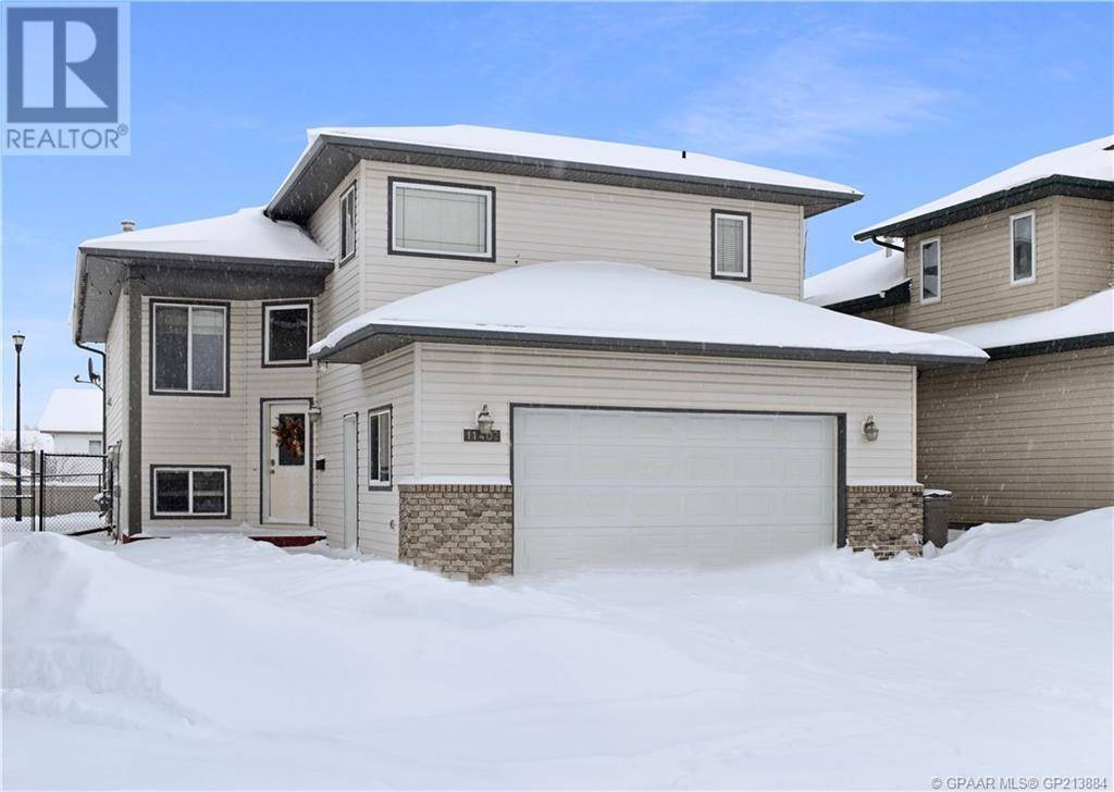 House for sale at 11402 89b St Grande Prairie Alberta - MLS: GP213884