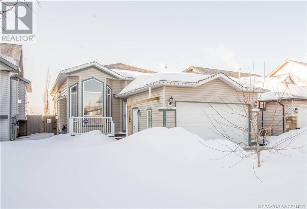 House for sale at 11409 69 Ave Grande Prairie Alberta - MLS: GP214983