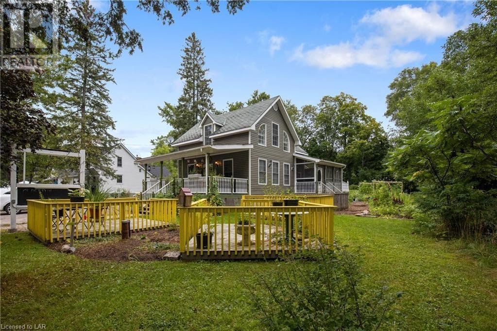 Residential property for sale at 1141 141 Hy Rosseau Ontario - MLS: 40039422