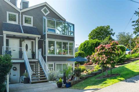 Townhouse for sale at 1141 Elm St White Rock British Columbia - MLS: R2383554