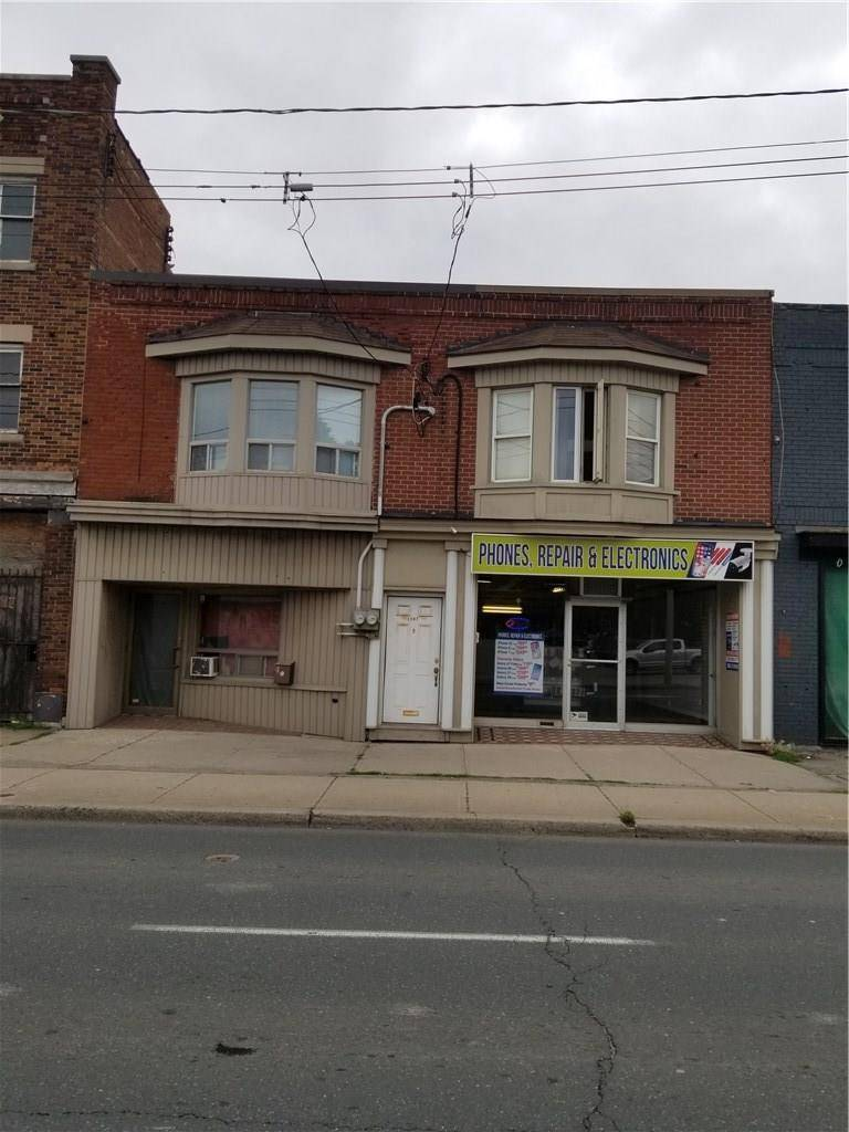 Townhouse for sale at 1141 Main St E Hamilton Ontario - MLS: H4059916
