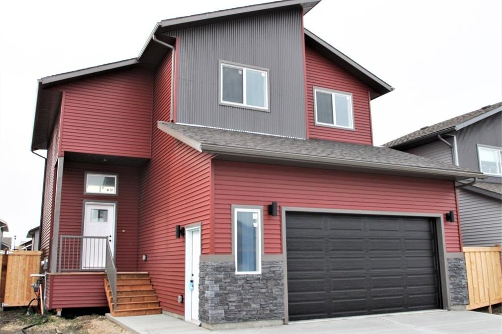House for sale at 11413 107 Ave Grande Prairie Alberta - MLS: A1000631