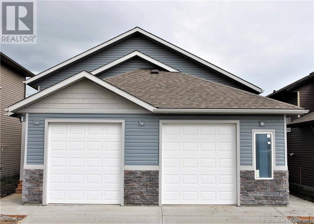 Townhouse for sale at 11416 106 Ave Grande Prairie Alberta - MLS: GP208219