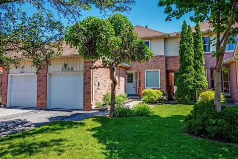 Home for sale at 1142 Springbrook Cres Oakville Ontario - MLS: W4816787