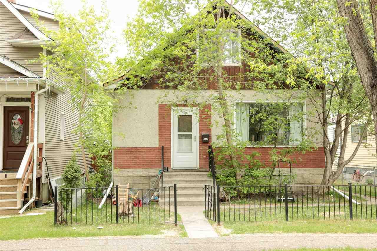 For Sale: 11424 93 Street, Edmonton, AB | 3 Bed, 2 Bath House for $224,900. See 28 photos!