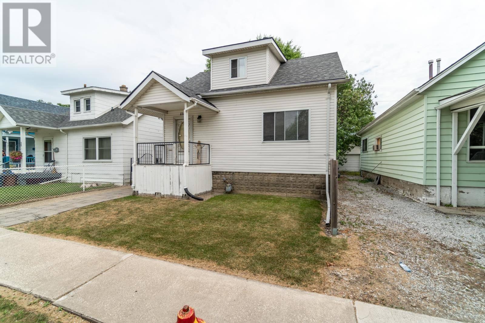 House for sale at 1146 St Luke Road  Windsor Ontario - MLS: 19026094