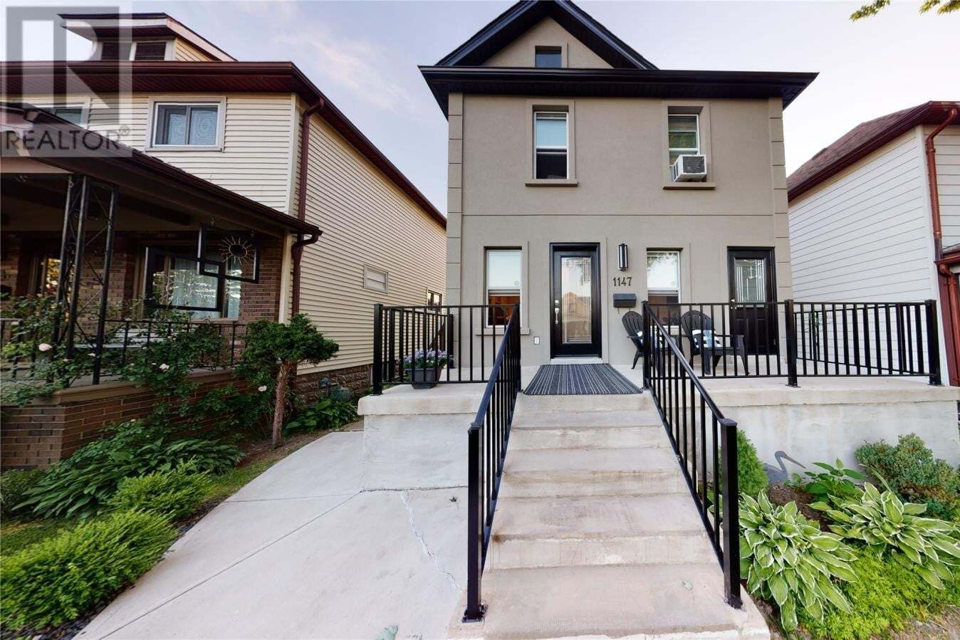 Townhouse for sale at 1147 Langlois  Windsor Ontario - MLS: 20007801